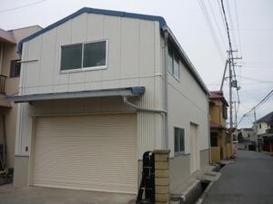 明石の倉庫外壁・屋根塗装工事が完了しました。