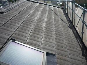 加古川市の現場の屋根塗装とサイディング目地打ち替えが終わりました