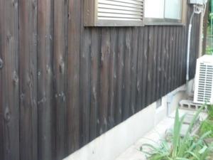 兵庫県高砂市米田で杉板の塗替えが完了しました。